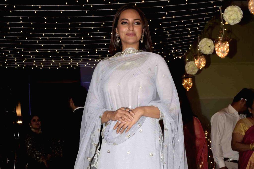 Mumbai: Actress Sonakshi Sinha at her friend's wedding reception in Mumbai, on Feb 16, 2019. (Photo: IANS) - Sonakshi Sinha