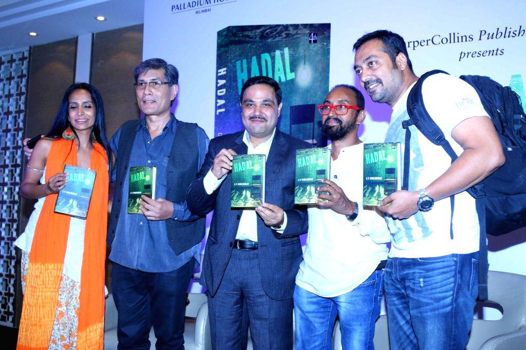 Actress Suchitra Pillai, actor Anant Mahadevan, author Ravi Subramanian, Senior journalist C P Surendran and filmmaker Anurag Kashyap during the launch of senior journalist C P Surendran`s ... - Suchitra Pillai and Anurag Kashyap
