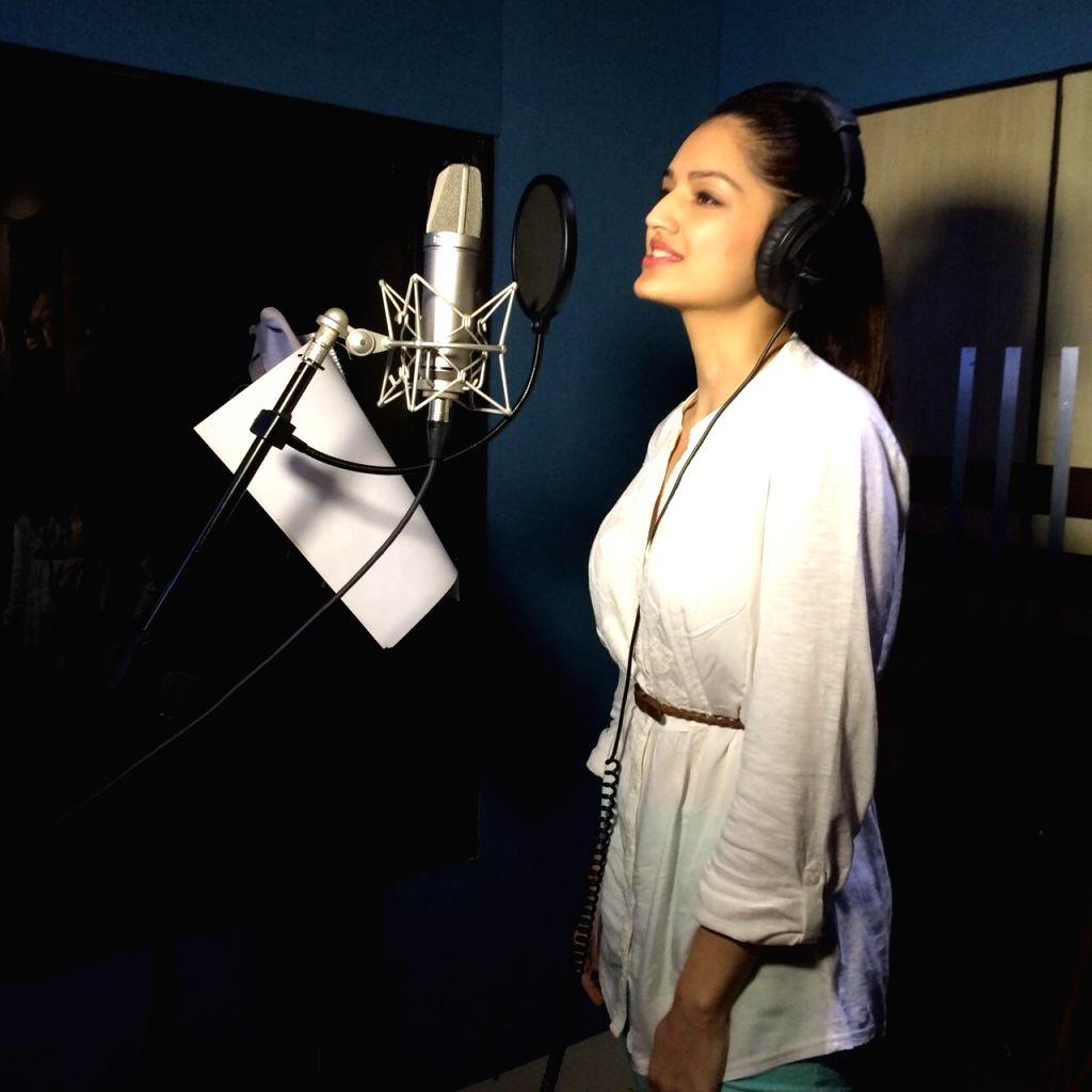 Actress Tara Alisha Berry starts dubbing for her next film Gun Pe Done in Mumbai, on March 13, 2015. - Tara Alisha Berry