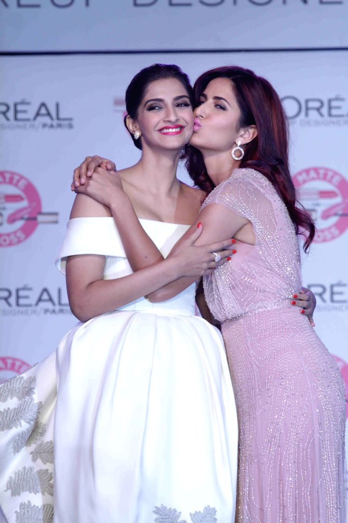 Actresses Katrina Kaif and Sonam Kapoor during the unveiling of L`Oreal Paris`s new Cannes collection in Mumbai, on April 25, 2015. - Katrina Kaif and Sonam Kapoor