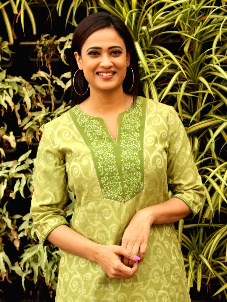 """Mumbai, April 21 (IANS) Television star Shweta Tiwari is missing her days of """"freedom"""", she has shared with fans."""
