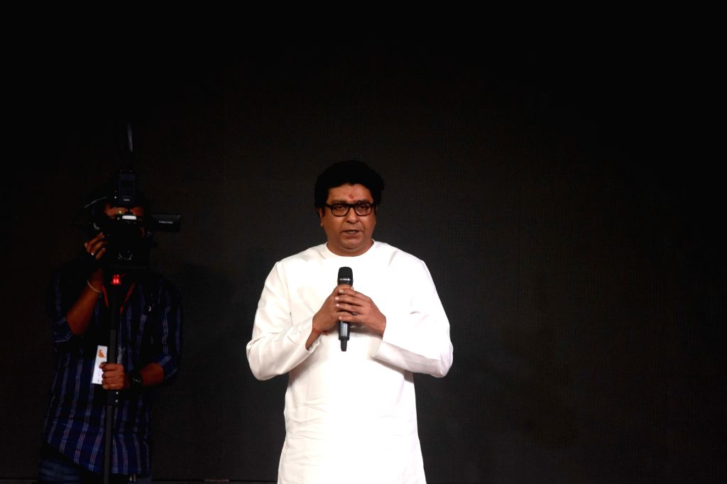 "Mumbai, April 23 (IANS) Maharashtra Navnirman Sena President Raj Thackeray on Thursday demanded that the state government should drop ""moral issues"" and permit liquor shops and restaurants to resume forthwith to enable it earn badly-needed revenues f"
