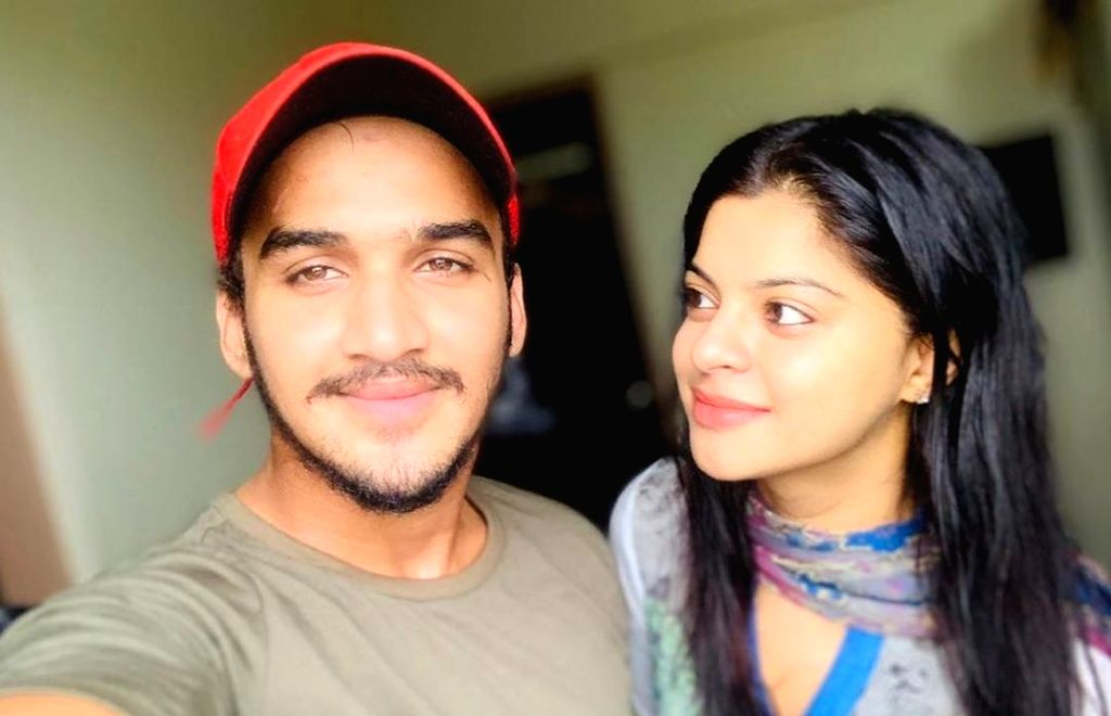 Mumbai, Aug 7 (IANS) Actor Faisal Khan got emotional on the last day of shoot with his on-screen mother Sneha Wagh, and poured his heart out in a note. - Faisal Khan