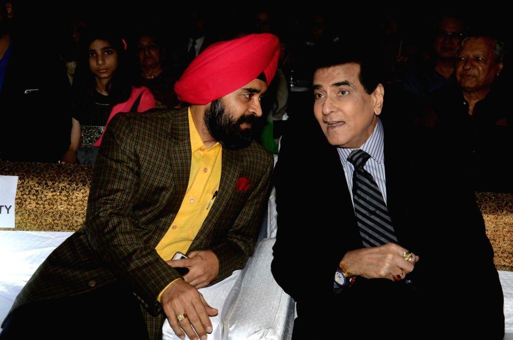Charan Singh Sapraji during the  Charan Singh Sapra's 'Lohri Di Raat' in Mumbai on Jan 10, 2015. - Charan Singh Sapraji
