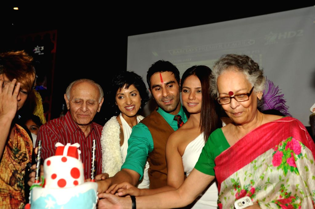 Choreographer Sandip Soparkar with his wife Jesse Randhawa with Fashion designer Rohit Verma, Bollywood actor Neetu Chandra with his family members during the celebration for National ... - Neetu Chandra and Rohit Verma