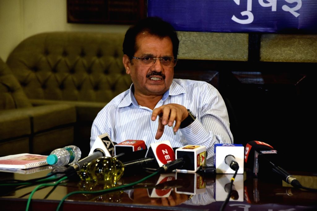 Mumbai city collector Shivaji Jondhale addresses a press conference in Mumbai on Sep 26, 2019.