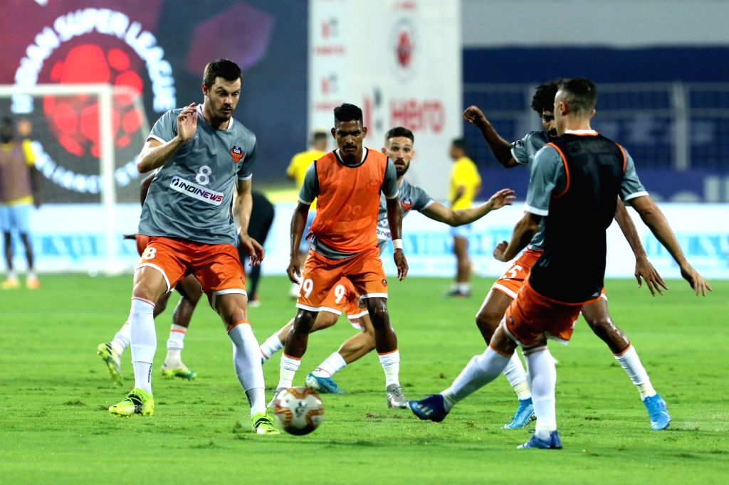 Mumbai face depleted Goa in quest for 1st ISL final (Match Preview 113). *(Courtesy ISL)*