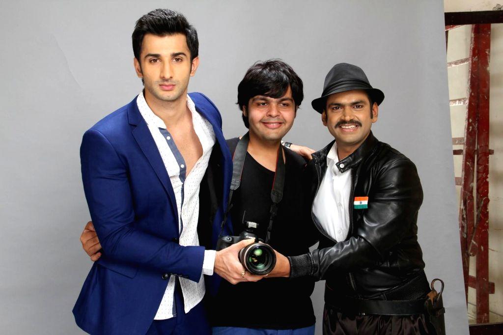 Fashion Shoot With Film Badmashiyan in Mumbai on 12th Feb 2015