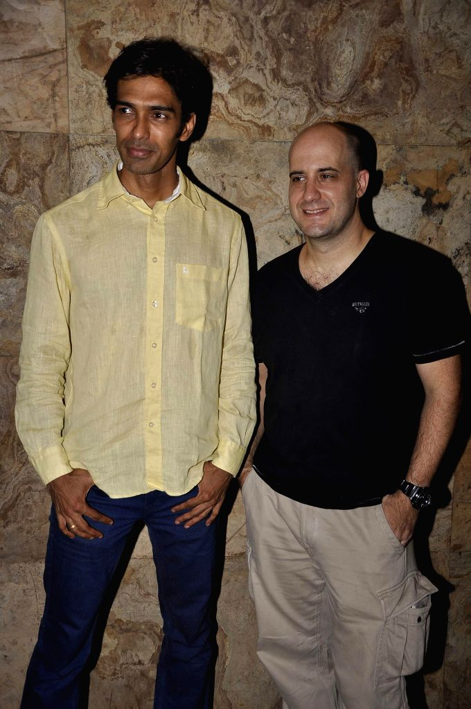 Filmmaker Sandeep Mohan during the premier of Bollywood movie Hola Venky. The movie by independent filmmaker Sandeep Mohan, made at a cost of INR 10 Lakh or US$ 16,000, with his three-member ... - Sandeep Mohan