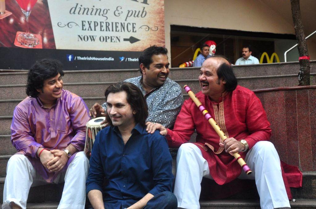 Flute player Ronu Majumdar, Tabla player Aditya Kalyanpur, Bollywood singer Shankar Mahadevan and Santoor player Rahul Sharma during the announcement of Swaranjali 2015 a three days music ... - Rahul Sharma