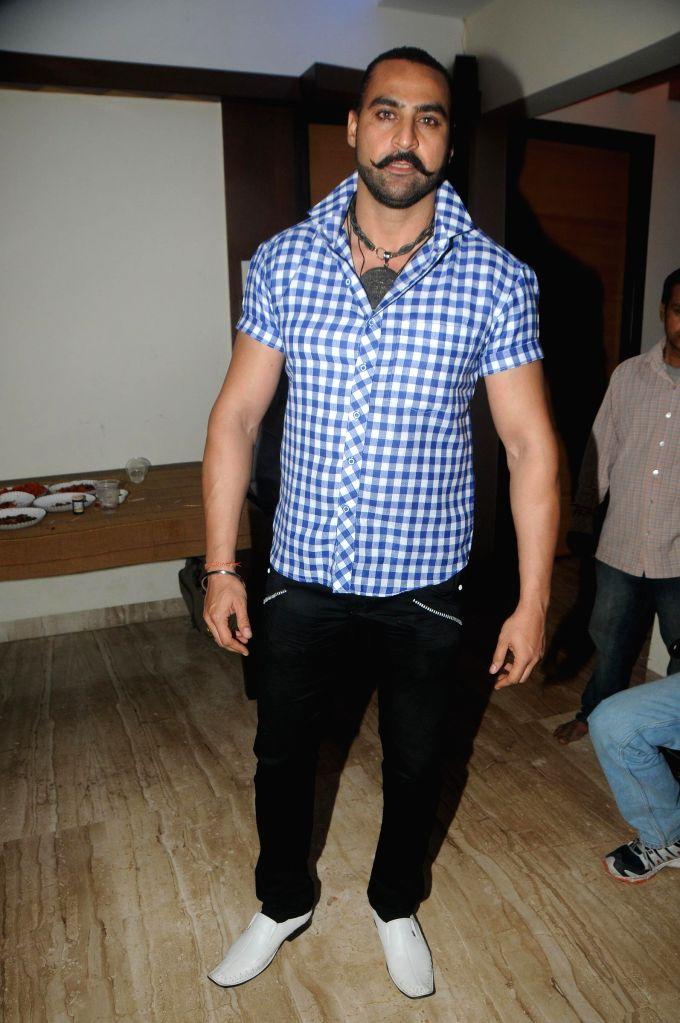 Harry Josh during the birthyday of director Kaushik Banerjee in Mumbai on Jan 10, 2015.
