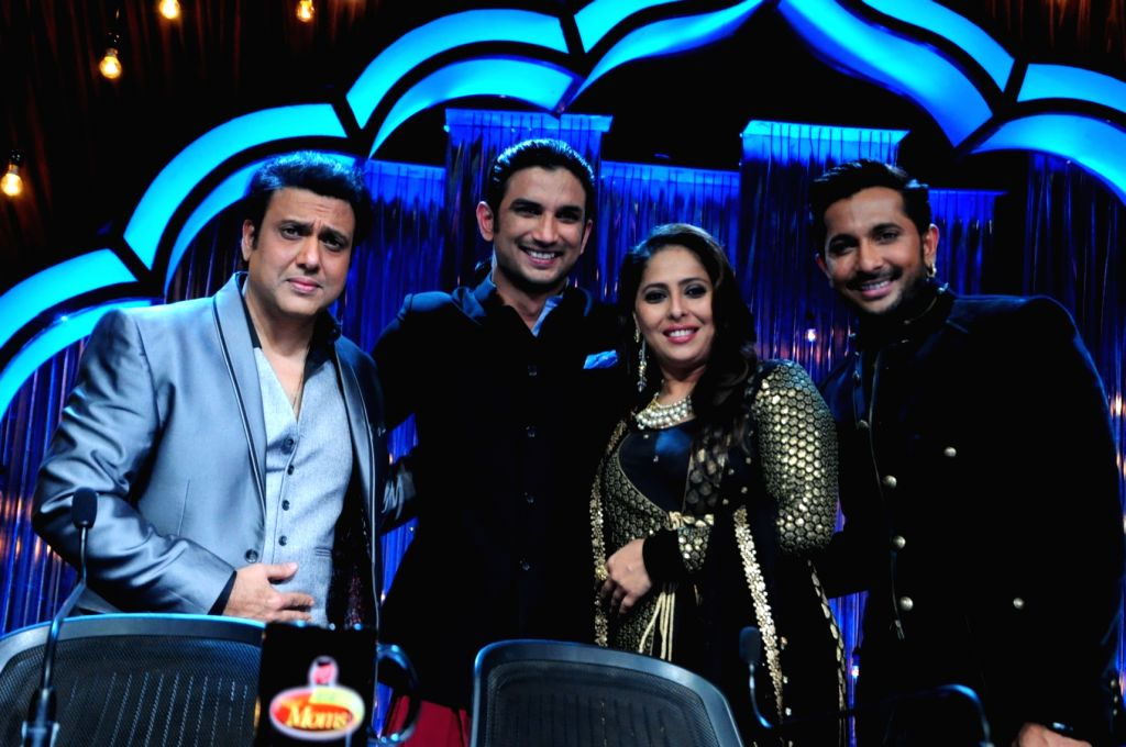 Judge Govinda, actor Sushant Singh Rajput, judges Geeta Kapur and Terence Lewis during the promotion of film Detective Byomkesh Bakshi on the sets of Zee TV`s, reality show, Dance India Dance ... - Sushant Singh Rajput