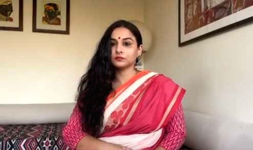 """Mumbai, June 30 (IANS) Composer Shantanu Moitra pf """"Parineeta"""" recalled seeing actress Vidya Balan in a very vulnerable state when she was rejected 75 times for her starring role in the film. - Vidya Balan"""