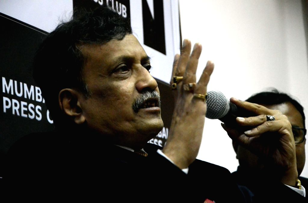 Justice P D Kode (Retd. Supreme Court Judge) during a press conference regarding 1993 Serial Bomb Blast at Press Club in Mumbai, on March 17, 2015.