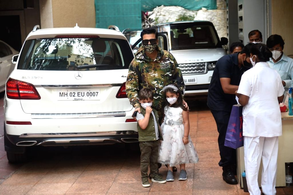 Mumbai :Karan Johar With Kids seen at Ekta Kapoor's Son Birthday Party on Wenesday, 27 January 2021. - Karan Johar and Ekta Kapoor