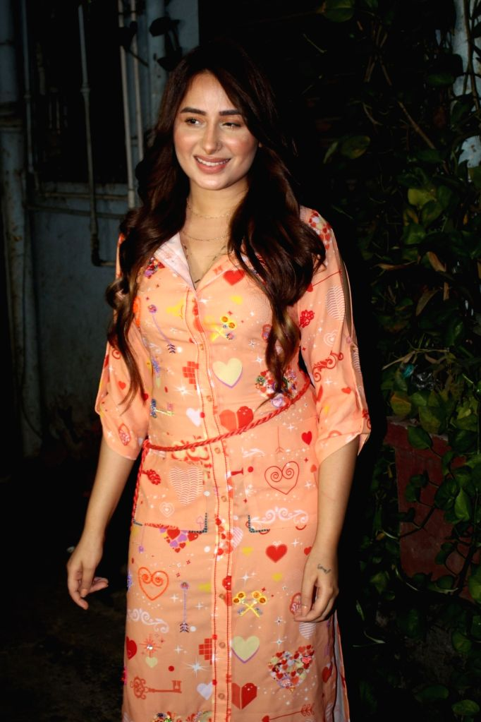 Mumbai : Mahira Sharma Spotted Outside Studio For Shooting Magazine Cover in Mumbai on Wednesday, June 23, 2021.