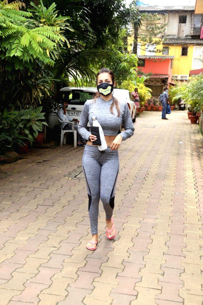 Mumbai : Malaika Arora Spotted Outside Yoga Class in Bandra on Tuesday, September 28, 2021.
