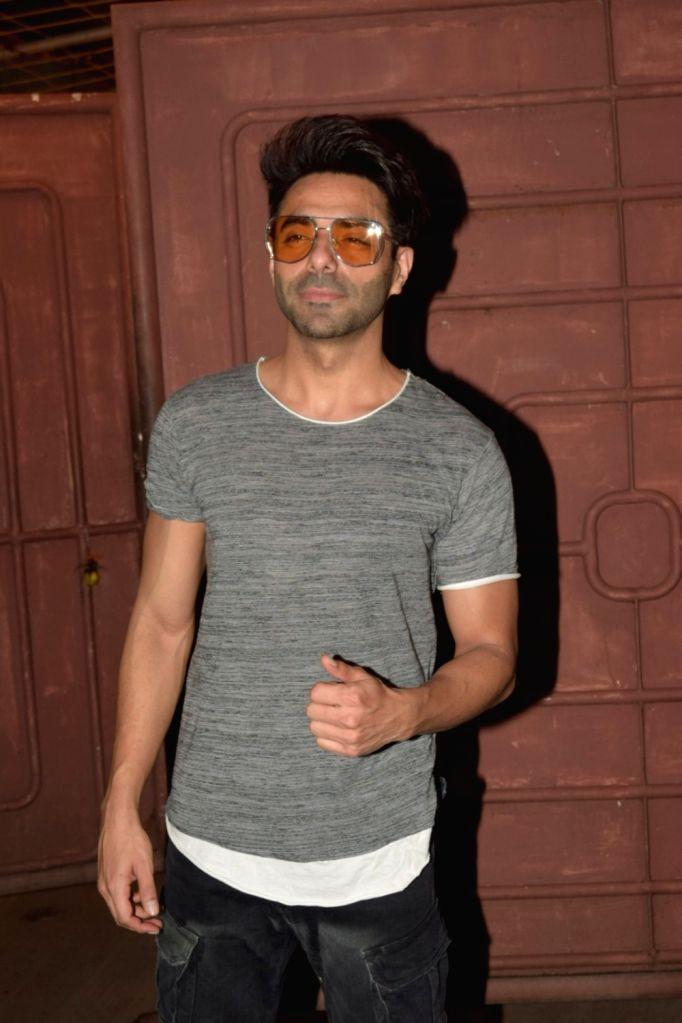Mumbai, March 30 (IANS) Actor Aparshakti Khurana believes the coronavirus lockdown will teach people many important lessons about life. - Aparshakti Khurana
