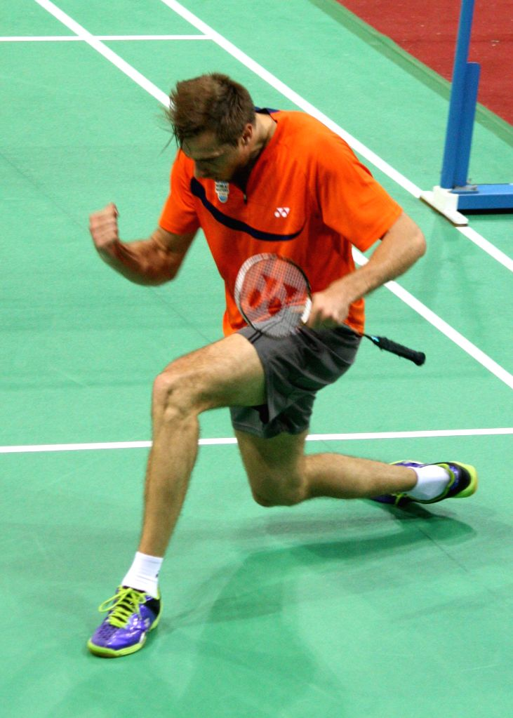 Mumbai Masters' Vladimir Ivanov exults after beating Banga Beats` icon player P Kashyap at the Indian Badminton League in New Delhi on August 15, 2013. (Photo::: IANS) - P Kashyap