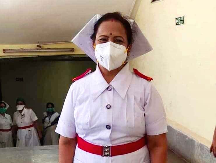 Mumbai Mayor, an ex-nurse, Kishori Pednekar, 57, dons the role of Miss Nightingale, to boost the morale of healthcare workers in the war against virus, at NYL Nair Hospital, today. Pednekar's move comes barely a fortnight before the world celebrates