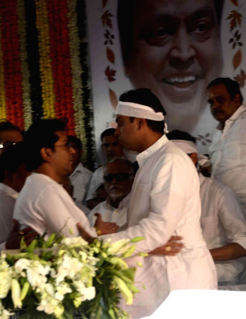 MNS chief Raj consoles Milind Deora, the son of veteran Congress leader and former union minister Murli Deora, who passed away at the age of  77 following a brief illness in Mumbai on Nov 24,
