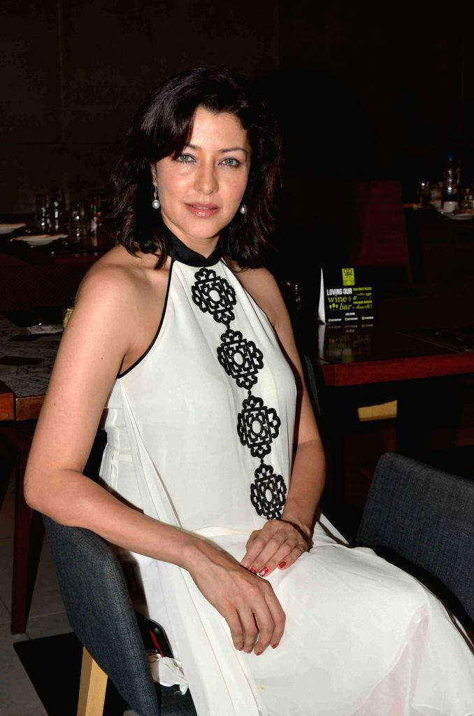 Model Aditi Gowitrikar during the launch of Shine Young 2015 in Mumbai on 4th May 2015 - Aditi Gowitrikar