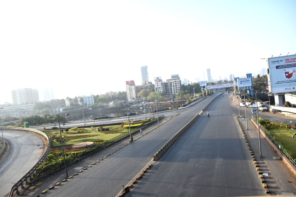 Mumbai: Mumbai bears a deserted look during nationwide shutdown - Janata Curfew - called by Prime Minister Narendra Modi as a measure to contain the spread of COVID-19, on March 22, 2020. (Photo: IANS) - Narendra Modi