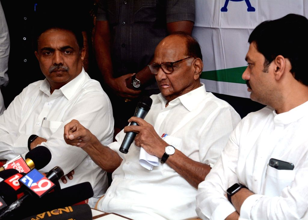 Mumbai: NCP president Sharad Pawar addresses a press conference in Mumbai on Sep 25, 2019. (Photo: IANS)