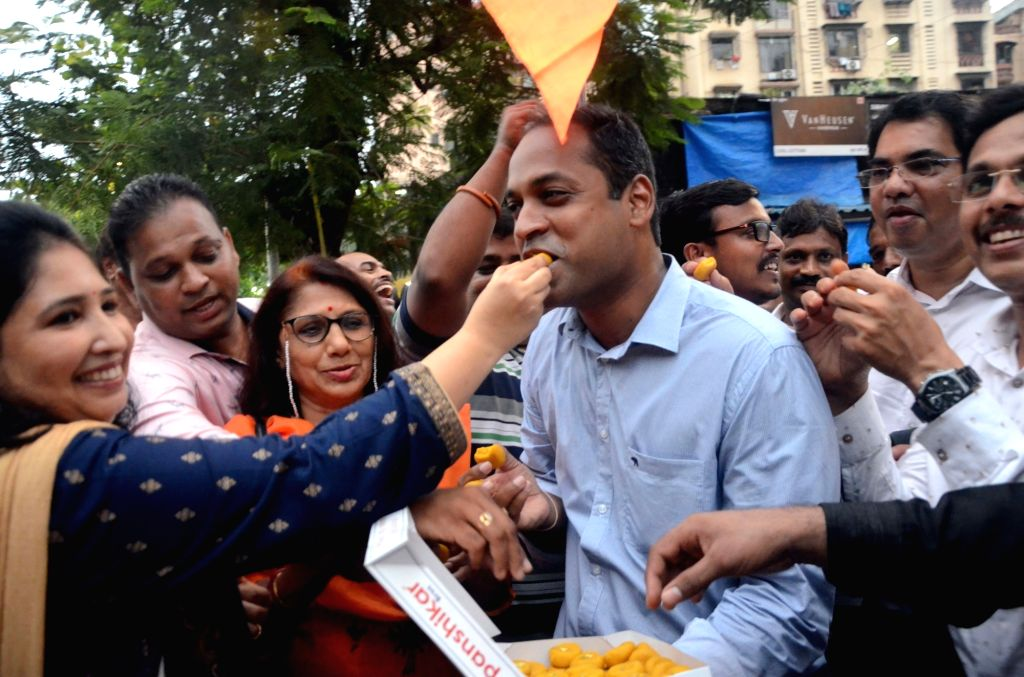 Mumbai: People celebrate after the Bombay High Court in a significant ruling upheld the validity of reservations in education and government jobs granted to the Maratha community under the Socially and Educationally Backward Class category, but reduc