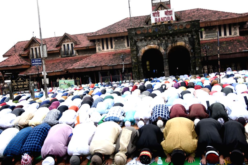 Mumbai: People offer namaz on Eid-ul-Adha in Mumbai on Aug 12, 2019. (Photo: IANS)