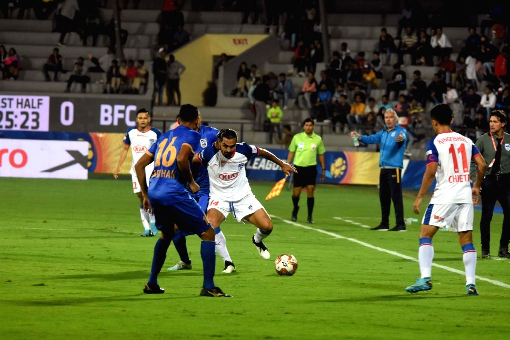 Mumbai: Players in action during ISL match between Mumbai City FC and Bengaluru FC at Andheri Sports Complex in Mumbai on Jan 17, 2020. (Photo: IANS)