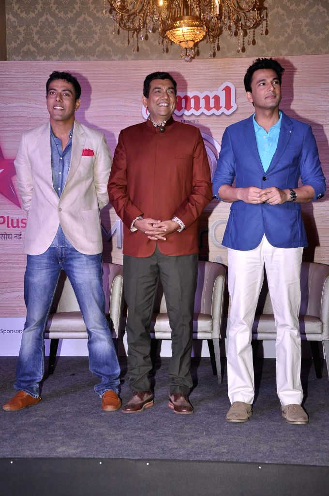 Ranveer Brar, Sanjeev Kapoor and Vikas Khanna during the launch of MasterChef India- 4 in Mumbai, on jan. 09, 2015. - Sanjeev Kapoor and Vikas Khanna