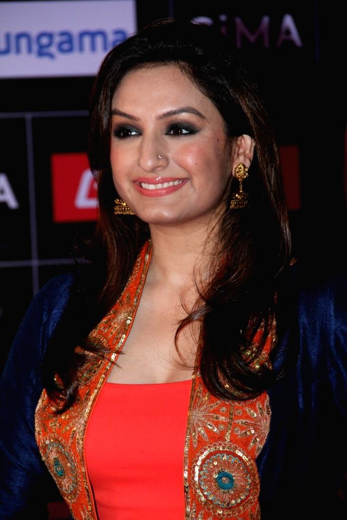 Singer Akriti Kakar during the 5th edition of the Global Indian Music Academy (GiMA) Awards ceremony in Mumbai on Feb 24, 2015.