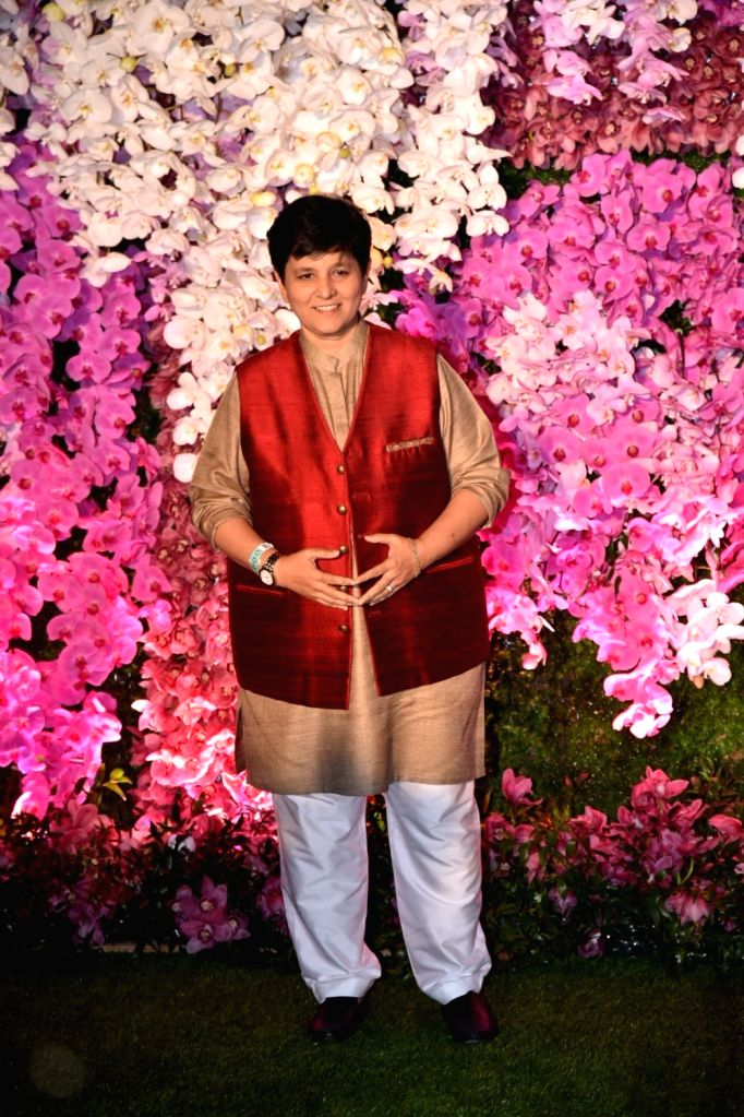 Mumbai: Singer Falguni Pathak at the wedding reception of Akash Ambani and Shloka Mehta in Mumbai on March 10, 2019. (Photo: IANS) - Falguni Pathak, Akash Ambani and Shloka Mehta