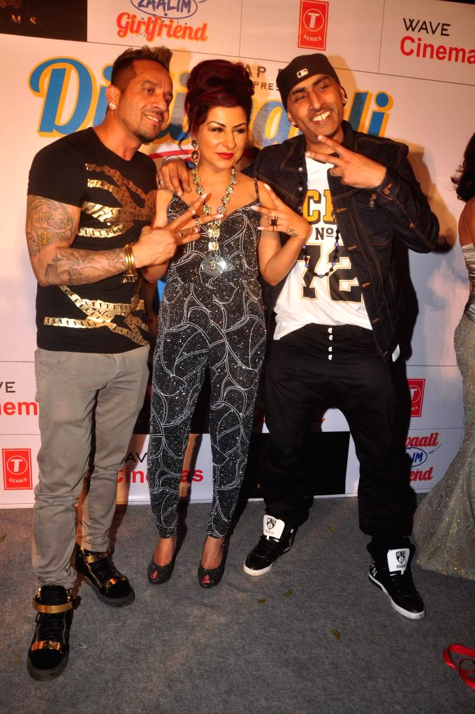 Singer Jazzy B, Hard Kaur and Dr. Zeus during the music launch of film Dilliwali Zaalim Girlfriend in Mumbai on March 9, 2015. - Kaur
