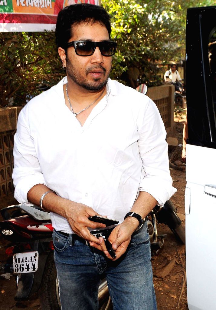 Singer Mika Singh during photo shoot of album 'BottomsUp' in Mumbai on 24th March 2015. - Mika Singh