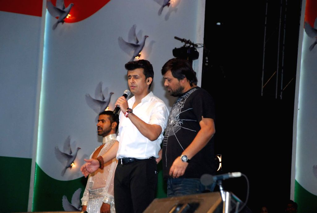 Singer Sonu Nigam and music director Wajid Ali during his live concert to celebrate Republic Day in Mumbai, on Jan 26, 2015.