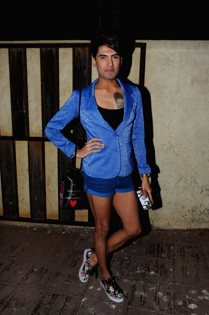 Sushant Digvikar during Ali Quli Mirza's birthday bash in Mumbai on April 1, 2015. (Photo: IANS).