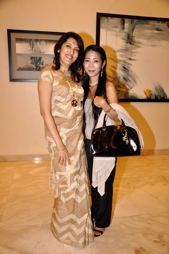 Tarana Khubchandani during Bollywood actor Amol Palekar's painting exhibition, in Mumbai on Nov 25, 2014.
