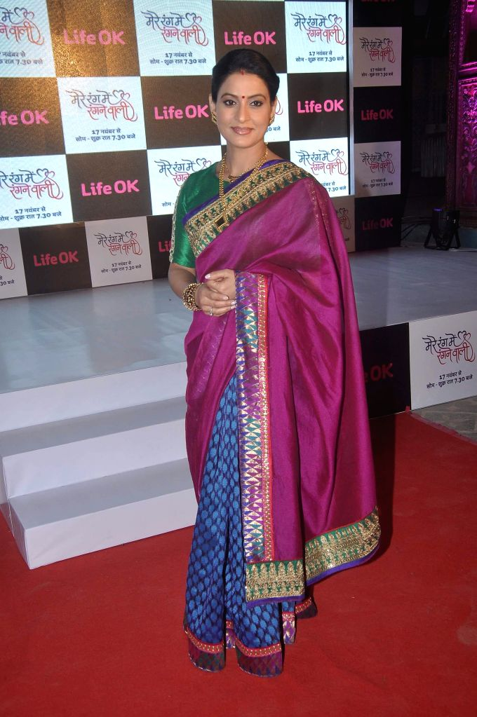 Television actor Dolly Sohi during the launch of Life Ok`s television serial Mere Rang Mein Rangne Wali in Mumbai, on November 13, 2014. - Dolly Sohi