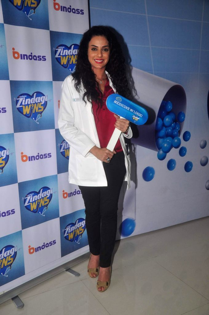 Television actor Sara Khan during the launch of new serial Zindagi Wins by Bindass channel in Mumbai on Feb 17, 2015. (Photo : IANS) - Sara Khan