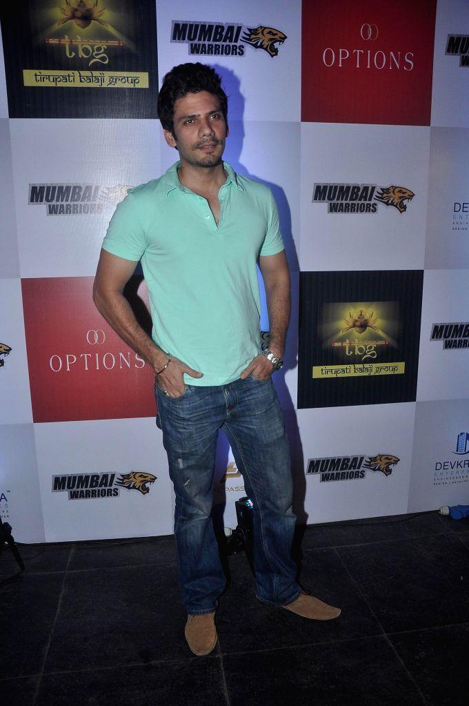 Television actor Vipul Gupta during the launch of Box Cricket League (BCL) Mumbai Warriors team, in Mumbai, on Nov. 4, 2014. - Vipul Gupta