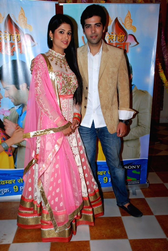 Television actors Kinshuk Mahajan and Shefali Sharma during the launch of Sony TV new show Tum Aise Hi Rehna, in Mumbai, on Nov. 4, 2014. - Kinshuk Mahajan and Shefali Sharma