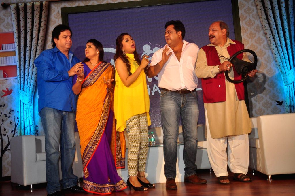 Television actors Maninee Mishra, Renuka Shahane, Nitesh Pandey, Mahesh Thakur and Sudhir Pandey, during the launch of Disney Channel's new shows, in Mumbai, on Jan. 22, 2015. - Maninee Mishra, Renuka Shahane, Nitesh Pandey, Mahesh Thakur and Sudhir Pandey