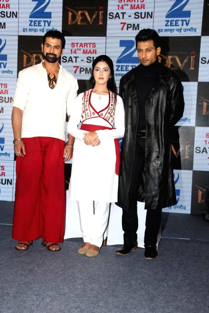 Television actors Rohit Bakshi, Umang Jain and Indraneil Sengupta during the press conference to announce Zee TV new show Maharakshak Devi in Mumbai, on March 10, 2015. - Rohit Bakshi, Umang Jain and Indraneil Sengupta