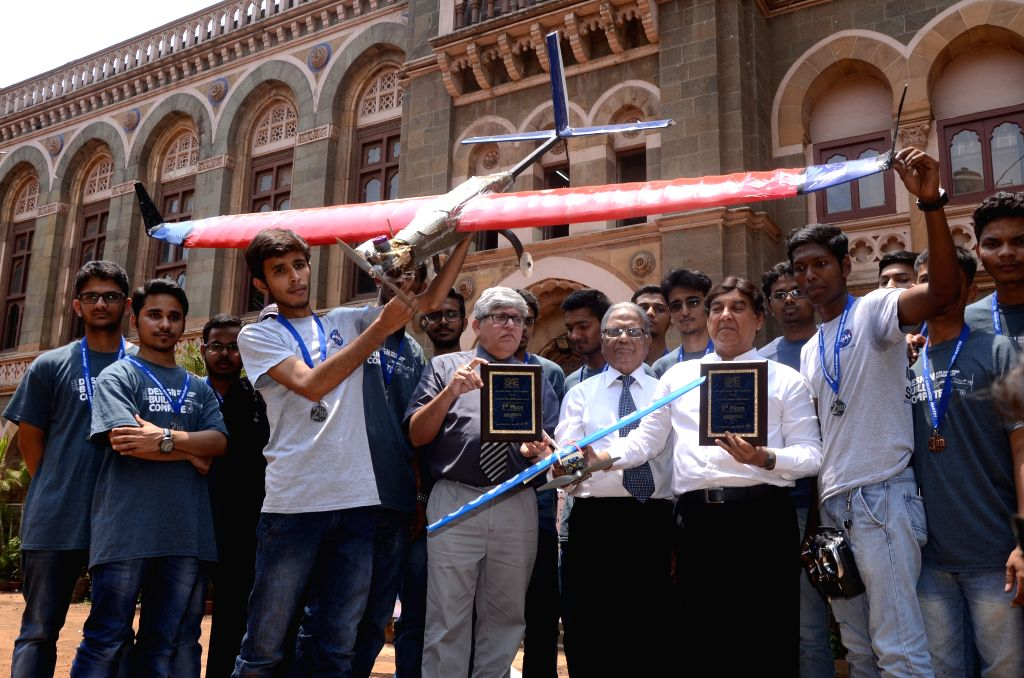 The team of students from Anjuman-I-Islam`s M.H. Saboo Siddik College of Engineering who bagged the second prize globally and first in Asia from among 75 teams worldwide in the Advanced Class ...
