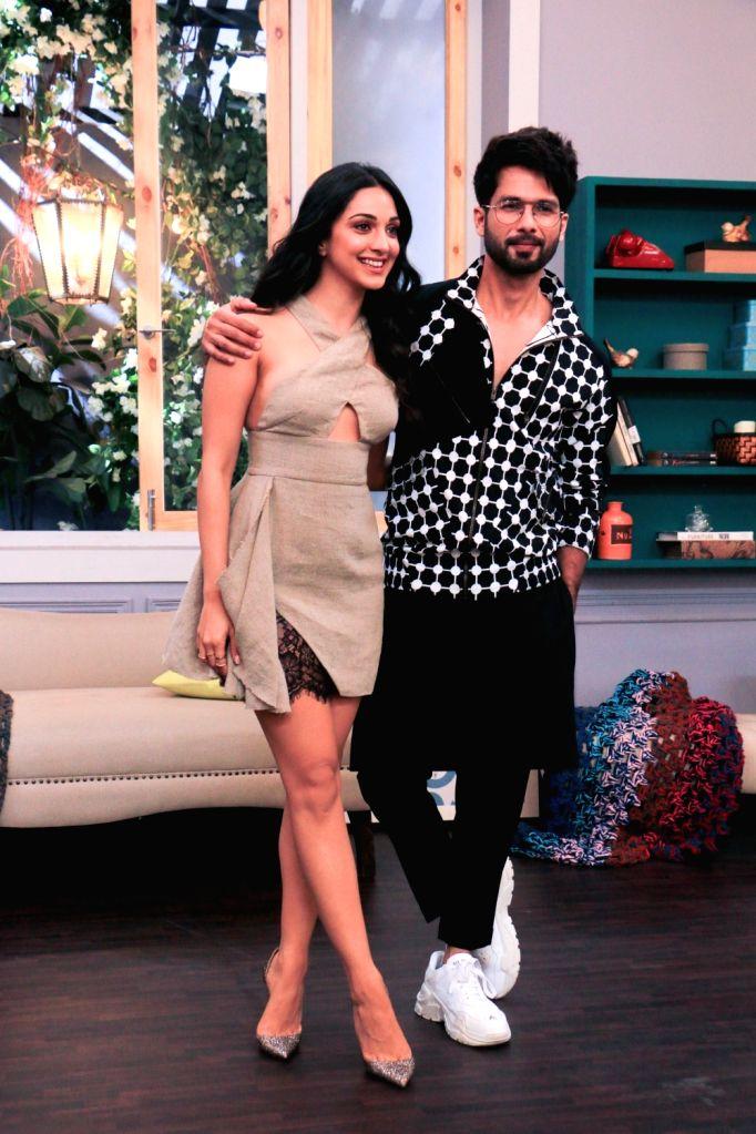 "Mumbai: Upcoming film ""Kabir Singh's"" starrers Shahid Kapoor and Kiara Advani on the sets of actress-host Neha Dhupia's chat show ""Vogue BFFs Season 3"", in Mumbai, on May 4, 2019. (Photo: IANS) - Kabir Singh, Shahid Kapoor and Kiara Advani"