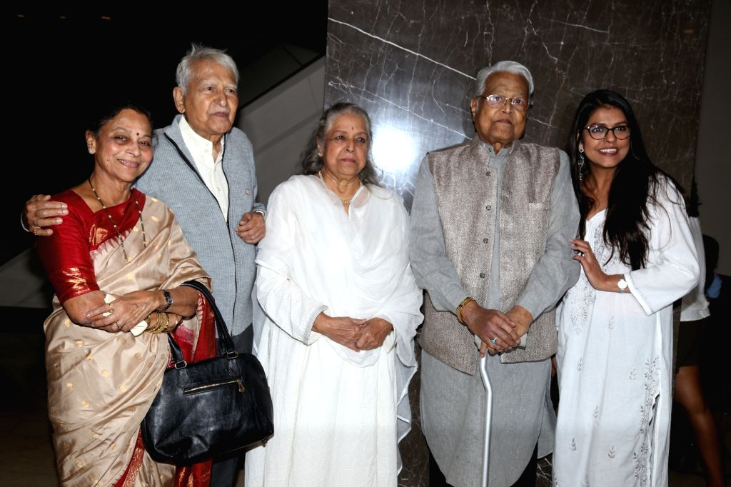 Mumbai: Veteran actors Seema Deo, Ramesh Deo, Shubha Khote, Viju Khote and Bhavana Balsavar at the inauguration of ActFest, which is organised by Cine and TV Artistes' Association (Cintaa) and 48 Hour Film Project, in Mumbai on Feb 15, 201 - Seema Deo, Ramesh Deo, Shubha Khote, Viju Khote and Bhavana Balsavar