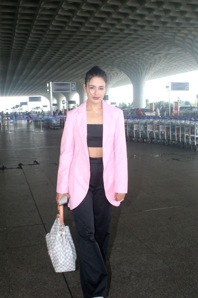 Mumbai : Yuvika Chaudhary spotted at Airport Departure in Mumbai  on Monday, October 04, 2021. - Yuvika Chaudhary