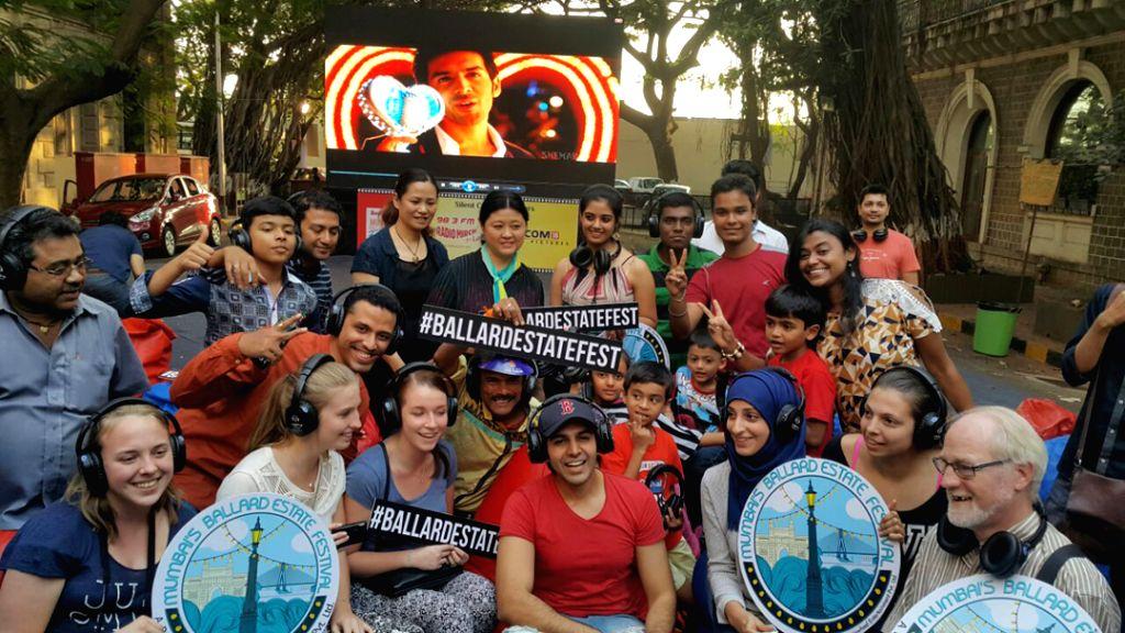 Mumbaikars celebrating weekend with Kartik Aryan